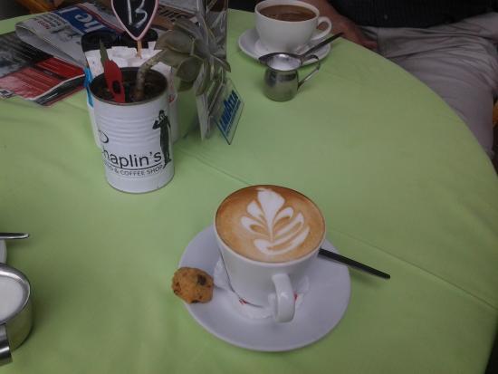 Chaplin's Bistro: Cappuccino  time