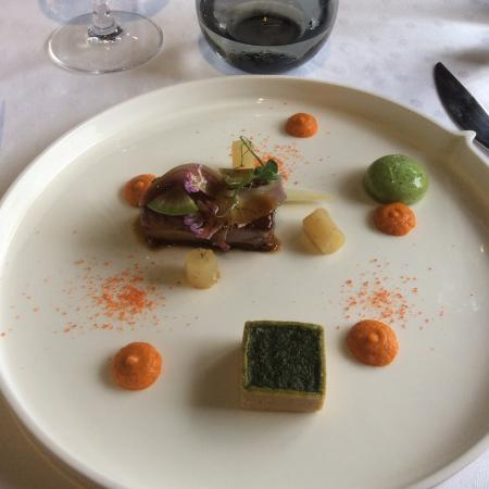 Plat de viande et ses legumes picture of auberge grand for Auberge grand maison mur de bretagne
