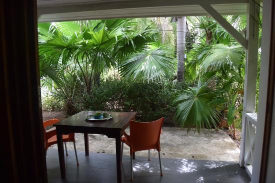 Trupial Inn: Suite met terras