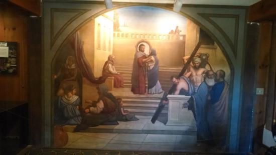 Glendale Springs, Carolina del Norte: Student fresco in the lower level / columbarium area.