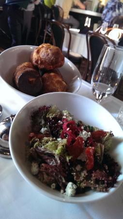 Γουίλμινγκτον, Βερμόντ: Popovers and salad
