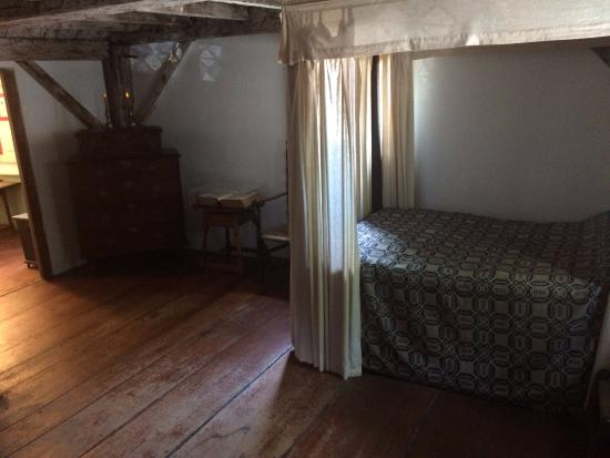 Jabez Howland House: Master Bedroom