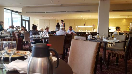 Shambles at breakfast picture of hilton dublin kilmainham dublin tripadvisor for Hilton kilmainham swimming pool
