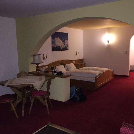 호텔 아파트먼트 지밀라운