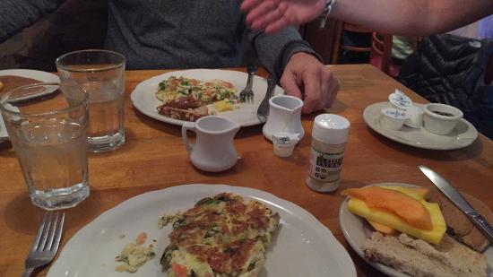 Eggshell Cafe