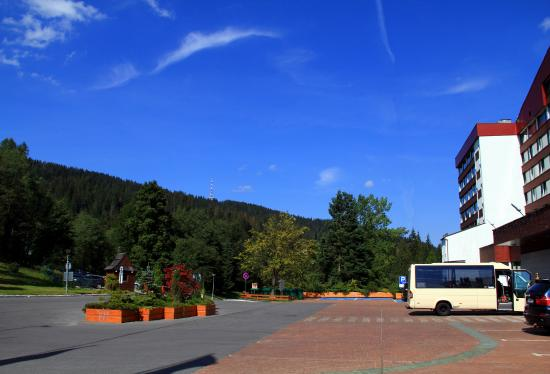 The Parking Lot In Front Of The Hotel Entrance And The Shuttle