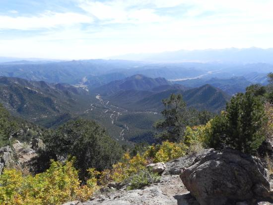 Cotopaxi, CO: Another view atop the mountain!