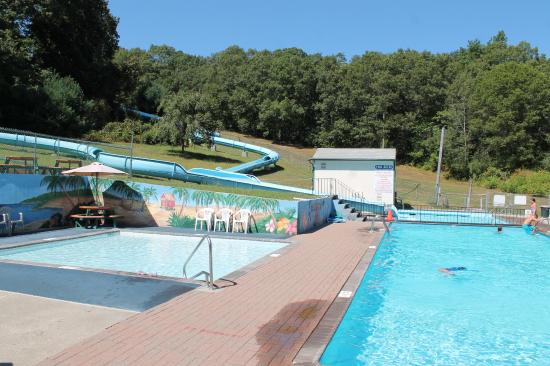 Yawgoo Valley Ski Area & Water Park
