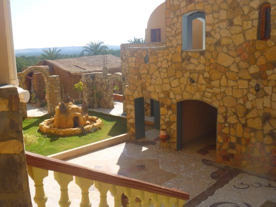 Bedouin Castle: Garden