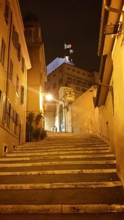 Esedra Inn Rome : 20151020_210240_large.jpg