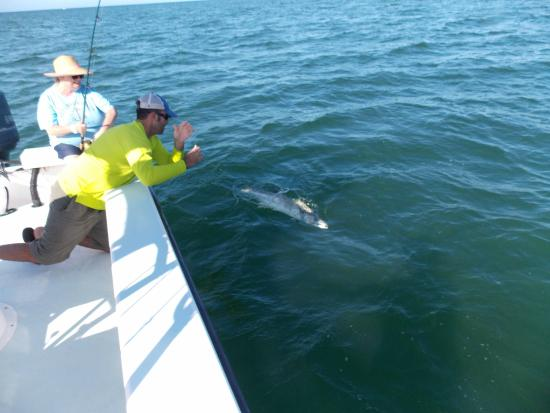 Inshore fishing trips holmes beach fl top tips before for Florida fishing vacations