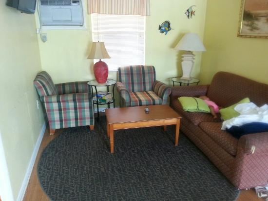 Sun Deck Inn & Suites: Close to beach hotel