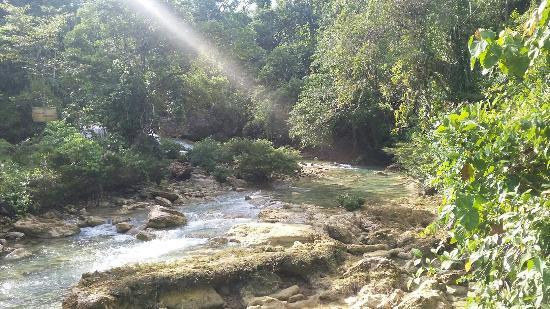 Lianga, Филиппины: Bao-Bao Falls
