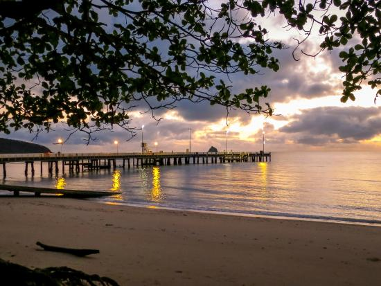 Cairns Beaches Flashpackers
