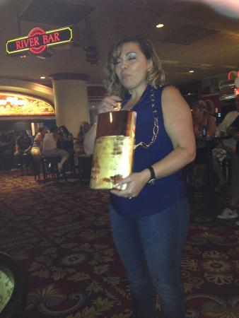 Edgewater Hotel & Casino: Fun in edgewater bar