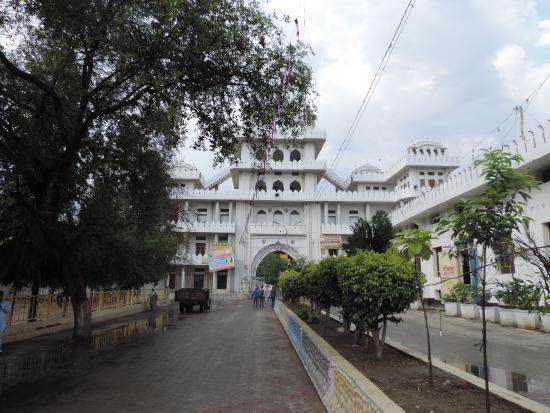 Ludhiana, الهند: Gurudwara Nanaksar