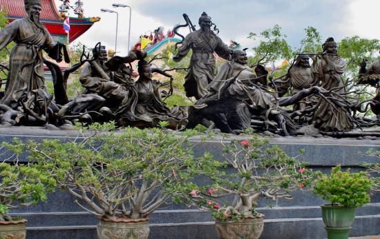 Groep - Picture of Anek Kuson Sala (Viharnra Sien), Pattaya - TripAdvisor