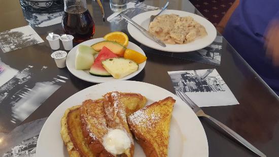 Boulder Dam Hotel Restaurant: 20150930_090322_large.jpg