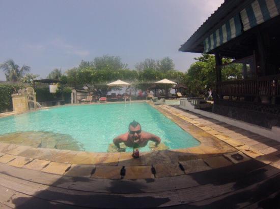 Bali Taman Resort & Spa: Schönes Hotel mit geräumigen Zimmern/Bungalows, tollem Pool und Strand-Zugang