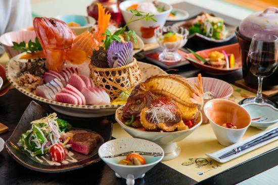 View Hotel Iki: 【料理】お魚・お肉と盛り沢山