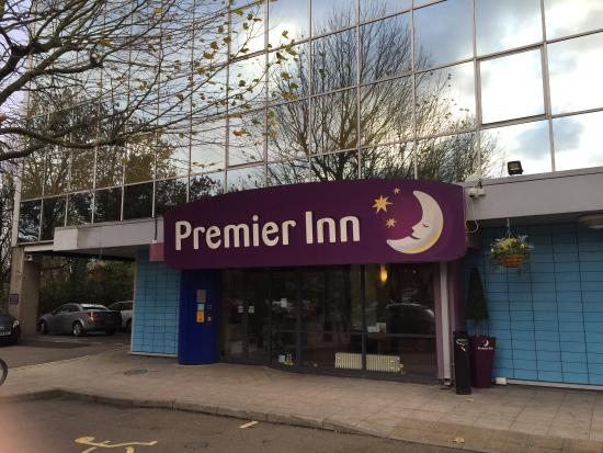 picture of premier inn london wembley park. Black Bedroom Furniture Sets. Home Design Ideas