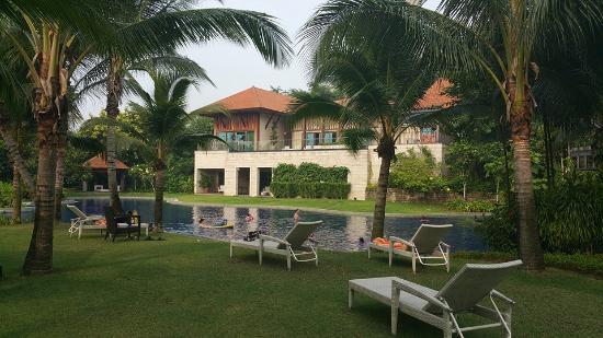Resorts World Sentosa Equarius Hotel Swimming Pool
