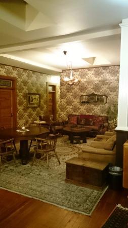 The 1880 Union Hotel: Hall du premier étage