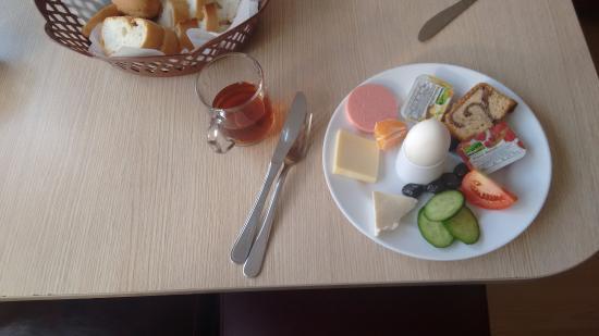 Castle Hostel: desayuno/breakfast