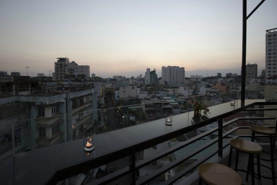 Meraki Hotel: Rooftop Bar