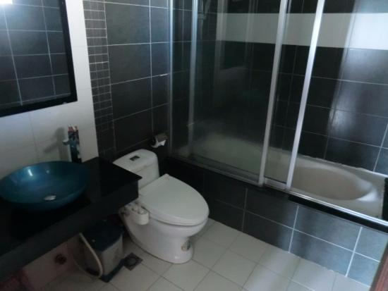 Viet Ha Hotel : ванная комната