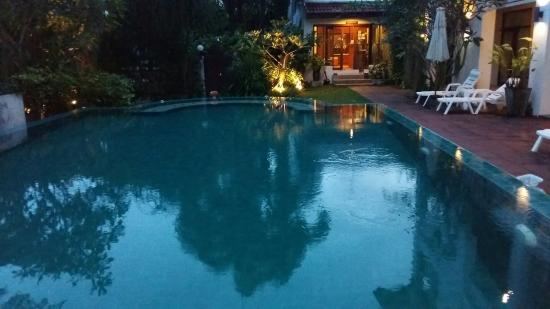 Monaburi Boutique Resort: 20151112_181425_large.jpg