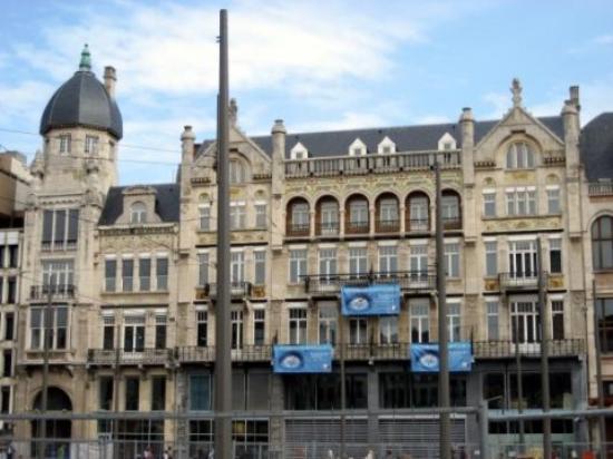 Diamond Museum Antwerp (Provinciaal Diamantmuseum): Здание музея
