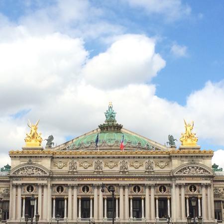 Paryż, Francja: Gorgeous view from the avenue.