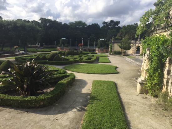 jardim que parece o de Versalles - Picture of Vizcaya Museum and ...