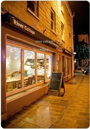 Raymonds Hill, UK: River Cottage Canteen