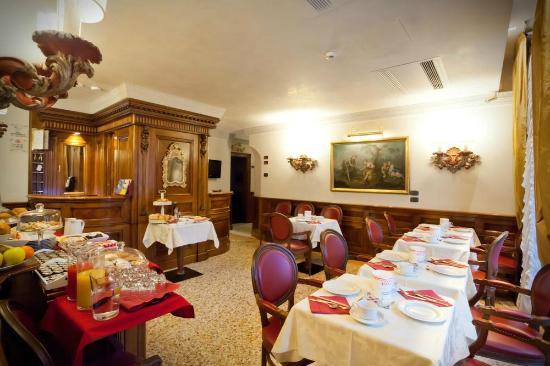 La Palazzina Veneziana: Sala colazione