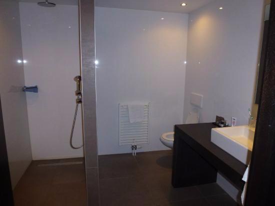 mooie badkamer - Foto van Van der Valk Hotel Goes, Goes - TripAdvisor