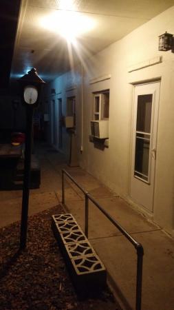 อิมพีเรียล, เนบราสก้า: November night.