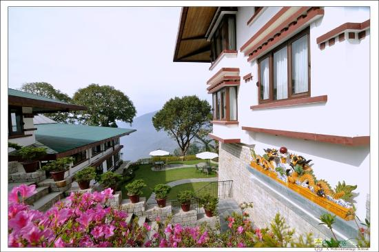WelcomHeritage Denzong Regency: View from Suite Block