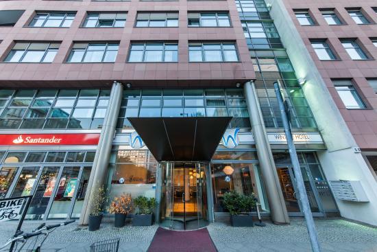 Novum Select Hotel Berlin Gendarmenmarkt: Eingang