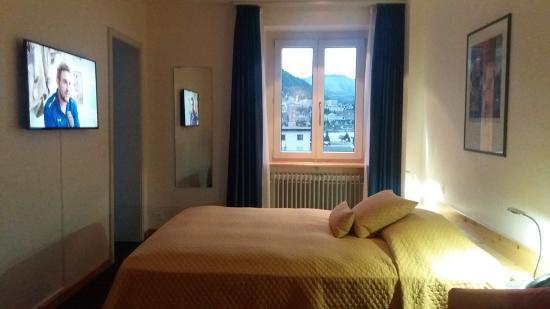 Laudinella: The room