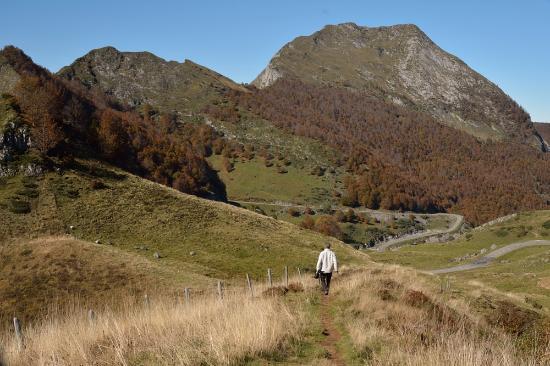 Castex, Frankrijk: Col D'Agnes - a walk down the hill