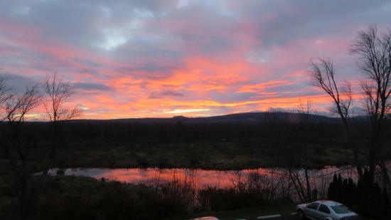 Lac-Brome, Kanada: sunrise over the marsh