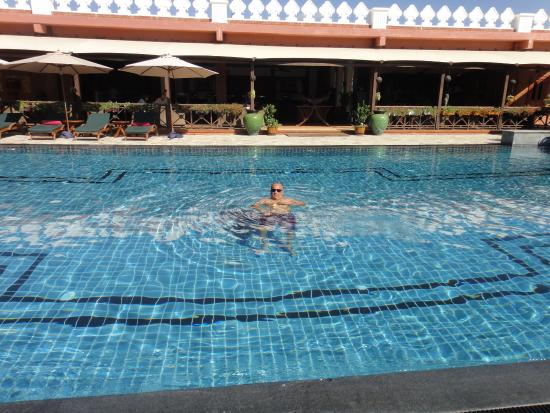 Bagan Lodge: Pool