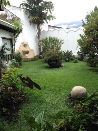 Casa Madeleine: jardín central