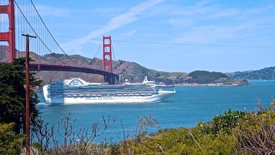 Ocean Beach Bed and Breakfast : San Francisco Bridge Golden Gate