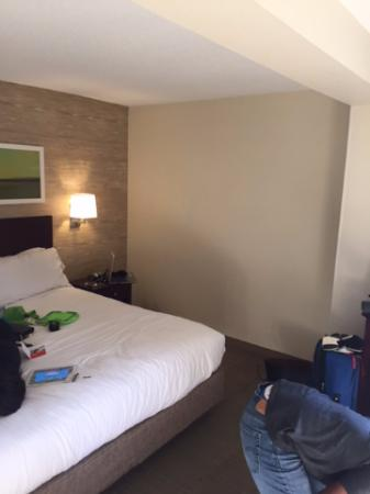 Holiday Inn Express in Wilkesboro: room was spacious and bed was comfy