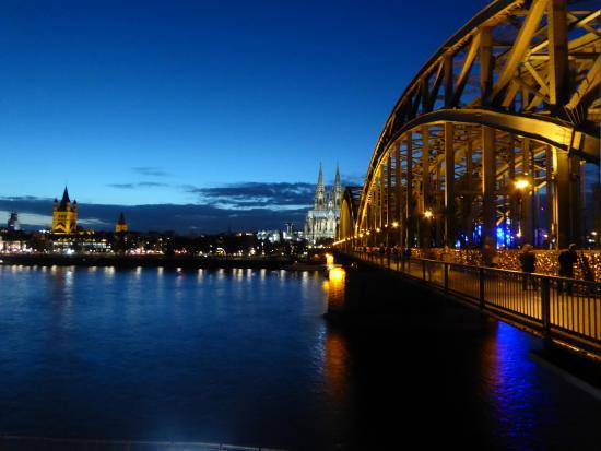 德国科隆霍恩佐伦大桥