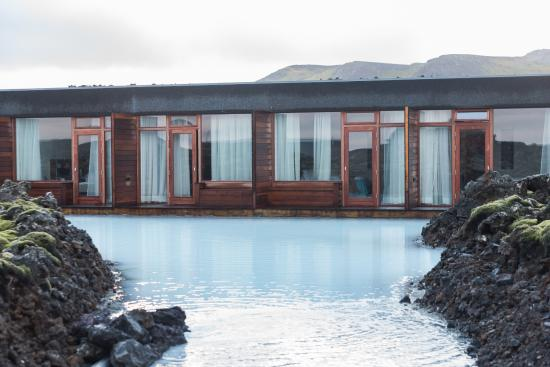 View of hotel picture of silica hotel grindavik for Blue lagoon iceland accommodation