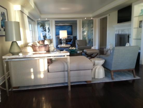The Ritz Carlton, Laguna Niguel: Suite Living And Dinning Rooms